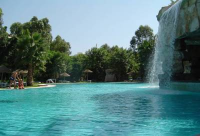 SHELL BEACH HOTEL & SPA 4*